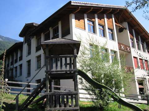 Schulhaus Primarstufe Dorf