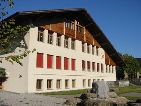 Schulhaus Kienholz